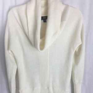 Mossimo cowl off white sweater